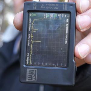 На расстоянии 540м от машины с репитерами уровень сигнала в диапазоне 27 МГц минус 68 дБм