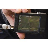 Измерение уровней поглощения в лесу мощности сигнала в диапазонах 27 МГц и 145 МГц